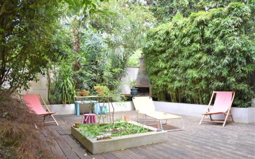 Maison terrasse garage jardin public